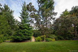 Photo 29: 3704 Arbutus Ridge in VICTORIA: SE Ten Mile Point Single Family Detached for sale (Saanich East)  : MLS®# 825961