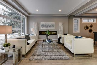 Photo 2: 8809 148 Street in Edmonton: Zone 10 House for sale : MLS®# E4179486