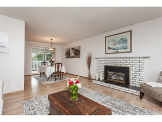 Photo 6: 26440 29 Avenue in Langley: Aldergrove Langley House for sale : MLS®# R2424500