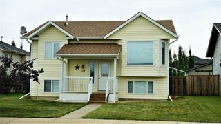 Main Photo: 324 Lindsay Avenue in Red Deer: RR Lancaster Green Residential for sale : MLS®# CA0186656