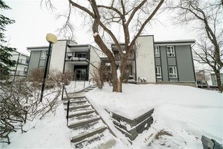 Photo 1: 66 130 PORTSMOUTH Boulevard in Winnipeg: Tuxedo Condominium for sale (1E)  : MLS®# 202001963