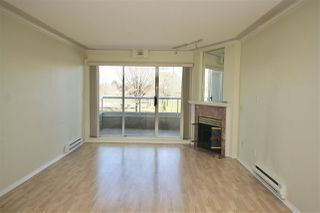 Photo 2: 203 2288 NEWPORT Avenue in Vancouver: Fraserview VE Condo for sale (Vancouver East)  : MLS®# R2445533