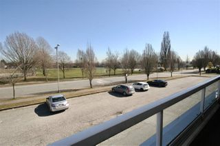 Photo 4: 203 2288 NEWPORT Avenue in Vancouver: Fraserview VE Condo for sale (Vancouver East)  : MLS®# R2445533