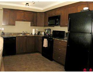 """Photo 4: 304 8933 EDWARD Street in Chilliwack: Chilliwack W Young-Well Condo for sale in """"KING EDWARD"""" : MLS®# H2903328"""