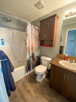 "Photo 12: 8610 79A Street in Fort St. John: Fort St. John - City SE Manufactured Home for sale in ""WINDFIELD ESTATES"" (Fort St. John (Zone 60))  : MLS®# R2484457"