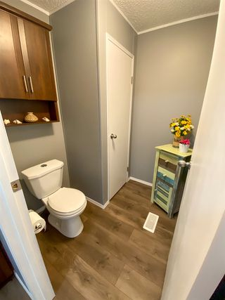"Photo 9: 8610 79A Street in Fort St. John: Fort St. John - City SE Manufactured Home for sale in ""WINDFIELD ESTATES"" (Fort St. John (Zone 60))  : MLS®# R2484457"