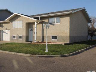Photo 1: 4 491 Bannatyne Avenue in Estevan: Scotsburn Residential for sale : MLS®# SK826456