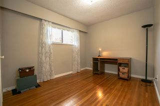 Photo 18: 921 SEACREST Court in Port Moody: College Park PM House for sale : MLS®# R2515791