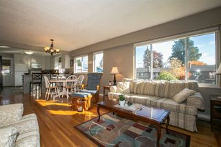 Photo 7: 921 SEACREST Court in Port Moody: College Park PM House for sale : MLS®# R2515791
