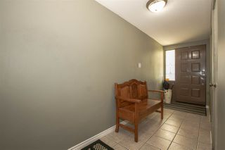 Photo 5: 921 SEACREST Court in Port Moody: College Park PM House for sale : MLS®# R2515791
