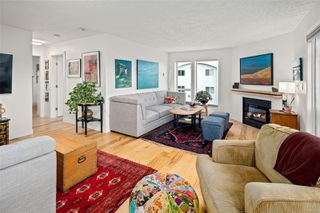 Photo 8: 405 1014 Rockland Ave in : Vi Downtown Condo for sale (Victoria)  : MLS®# 860554