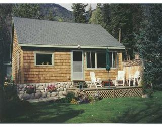 Photo 1: DL5377 TYAUGHTON LAKE RD in No City Value: Out of Town House for sale : MLS®# V597431