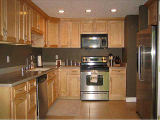 Photo 2: UNIVERSITY HEIGHTS Residential for sale : 2 bedrooms : 4671 Hamilton #12 in San Diego