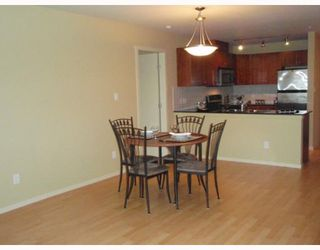 "Photo 9: 311 315 KNOX Street in New_Westminster: Sapperton Condo for sale in ""SAN MARINO"" (New Westminster)  : MLS®# V751497"
