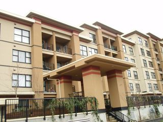 "Photo 2: 311 315 KNOX Street in New_Westminster: Sapperton Condo for sale in ""SAN MARINO"" (New Westminster)  : MLS®# V751497"