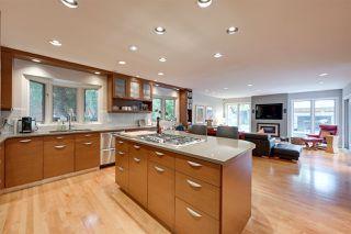 Photo 9: 609 ROMANIUK Road in Edmonton: Zone 14 House for sale : MLS®# E4167182
