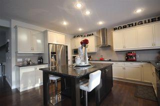 Photo 3: 576 MCDONOUGH Way in Edmonton: Zone 03 House for sale : MLS®# E4183716