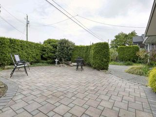 "Photo 21: 233 67 Street in Tsawwassen: Boundary Beach House for sale in ""Bounday Bay"" : MLS®# R2455324"