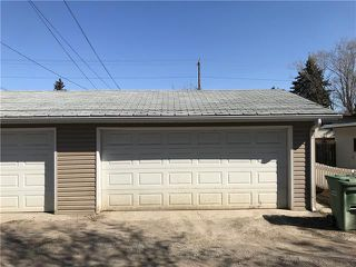 Photo 3: 2037 50 AV SW in Calgary: North Glenmore Park Duplex for sale ()  : MLS®# C4216424