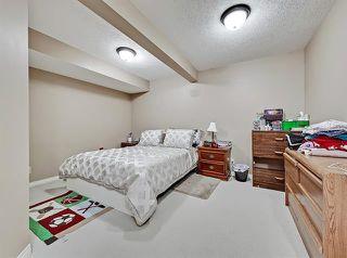 Photo 21: 2037 50 AV SW in Calgary: North Glenmore Park Duplex for sale ()  : MLS®# C4216424