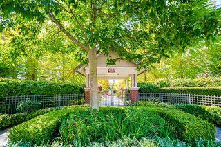 "Main Photo: 109 2167 152 Street in Surrey: Sunnyside Park Surrey Condo for sale in ""Muirfield Gardens"" (South Surrey White Rock)  : MLS®# R2491102"