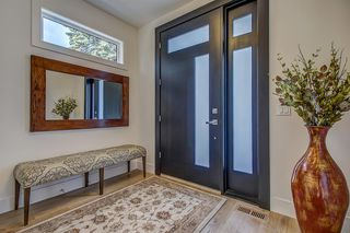 Photo 2: 2403 3 Avenue NW in Calgary: West Hillhurst Semi Detached for sale : MLS®# A1028783