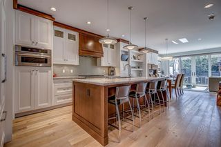 Photo 5: 2403 3 Avenue NW in Calgary: West Hillhurst Semi Detached for sale : MLS®# A1028783