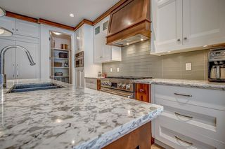 Photo 7: 2403 3 Avenue NW in Calgary: West Hillhurst Semi Detached for sale : MLS®# A1028783
