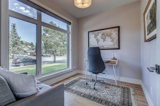 Photo 3: 2403 3 Avenue NW in Calgary: West Hillhurst Semi Detached for sale : MLS®# A1028783