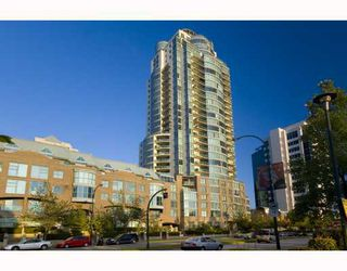 """Photo 1: 1201 1188 QUEBEC Street in Vancouver: Mount Pleasant VE Condo for sale in """"Citygate 1"""" (Vancouver East)  : MLS®# V787211"""