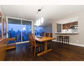 """Photo 5: 1201 1188 QUEBEC Street in Vancouver: Mount Pleasant VE Condo for sale in """"Citygate 1"""" (Vancouver East)  : MLS®# V787211"""