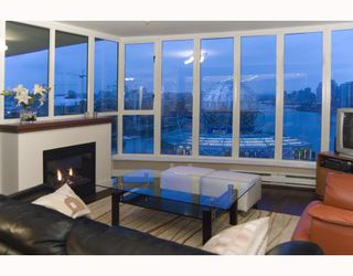 """Photo 4: 1201 1188 QUEBEC Street in Vancouver: Mount Pleasant VE Condo for sale in """"Citygate 1"""" (Vancouver East)  : MLS®# V787211"""