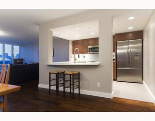 """Photo 6: 1201 1188 QUEBEC Street in Vancouver: Mount Pleasant VE Condo for sale in """"Citygate 1"""" (Vancouver East)  : MLS®# V787211"""
