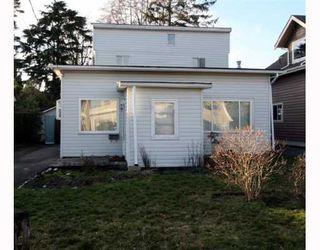 """Photo 1: 1685 BEACH GROVE Road in Tsawwassen: Beach Grove House for sale in """"Beach Grove"""" : MLS®# V803272"""