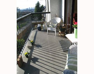"""Photo 2: 304 2320 TRINITY Street in Vancouver: Hastings Condo for sale in """"TRINITY MANOR"""" (Vancouver East)  : MLS®# V806427"""