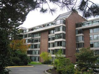 "Photo 1: 103 4101 YEW Street in Vancouver: Quilchena Condo for sale in ""ARBUTUS VILLAGE"" (Vancouver West)  : MLS®# V813945"