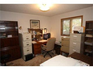 Photo 9: 18 The Bridle Path Southwest in WINNIPEG: Charleswood Residential for sale (South Winnipeg)  : MLS®# 1008891