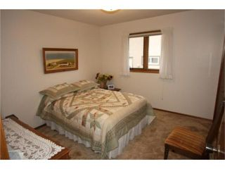 Photo 8: 18 The Bridle Path Southwest in WINNIPEG: Charleswood Residential for sale (South Winnipeg)  : MLS®# 1008891