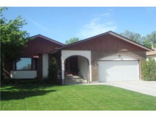 Photo 1: 18 The Bridle Path Southwest in WINNIPEG: Charleswood Residential for sale (South Winnipeg)  : MLS®# 1008891