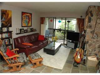 Photo 2: 202 1352 W 10TH Avenue in Vancouver: Fairview VW Condo for sale (Vancouver West)  : MLS®# V840113