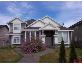 Photo 1: 9490 160TH Street in Surrey: Fleetwood Tynehead House for sale : MLS®# F2819630