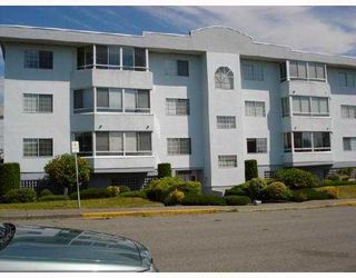 """Photo 1: 103 22241 SELKIRK Avenue in Maple_Ridge: West Central Condo for sale in """"SELKIRK PLACE"""" (Maple Ridge)  : MLS®# V772369"""