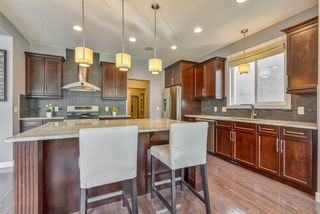 Photo 7: 2254 WARRY Loop in Edmonton: Zone 56 House for sale : MLS®# E4169945