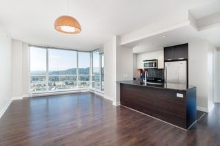 "Photo 5: 3001 2968 GLEN Drive in Coquitlam: North Coquitlam Condo for sale in ""GRAND CENTRAL 2"" : MLS®# R2399746"