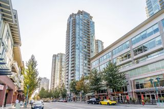 "Photo 1: 3001 2968 GLEN Drive in Coquitlam: North Coquitlam Condo for sale in ""GRAND CENTRAL 2"" : MLS®# R2399746"