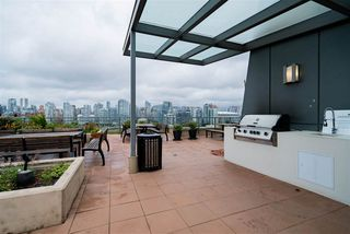 """Photo 16: 296 W 1ST Avenue in Vancouver: False Creek Townhouse for sale in """"The James"""" (Vancouver West)  : MLS®# R2406593"""
