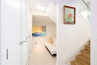 """Photo 12: 296 W 1ST Avenue in Vancouver: False Creek Townhouse for sale in """"The James"""" (Vancouver West)  : MLS®# R2406593"""