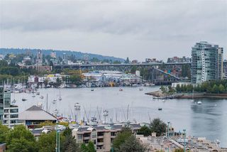 """Photo 18: 296 W 1ST Avenue in Vancouver: False Creek Townhouse for sale in """"The James"""" (Vancouver West)  : MLS®# R2406593"""