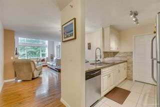 "Photo 14: 308 5281 OAKMOUNT Crescent in Burnaby: Oaklands Condo for sale in ""THE LEGENDS"" (Burnaby South)  : MLS®# R2411530"