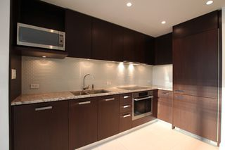 Photo 5: : Vancouver Condo for rent : MLS®# AR086